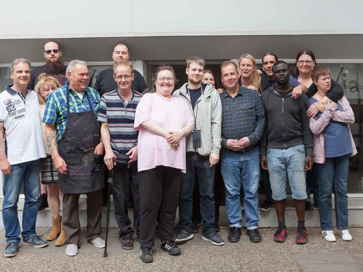 Gruppenfoto vom Frühstücksclub der Ambulanten Dienste in Bergedorf