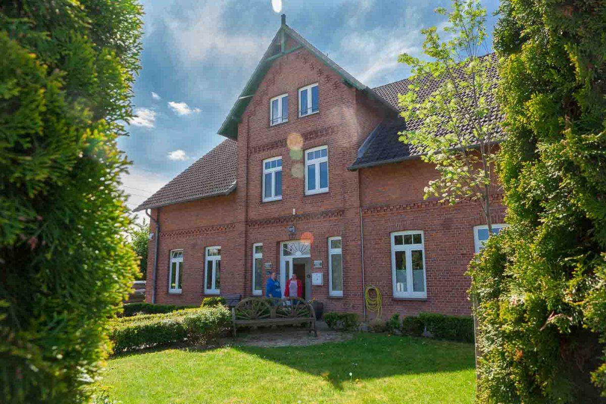 Ein großes, wunderschönes Bauernhaus aus der Jahrhundertwende