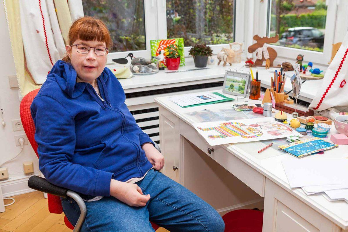 """Sie malt und macht bei der bekannten Künstlergruppe """"Die Schlumper"""" mit"""